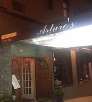 Arturo's York Ave
