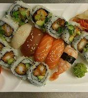 Nam Nams Sushi og Varm Mat