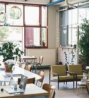 Cafe DS