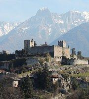 Bar-Ristorante nel Castello di Breno