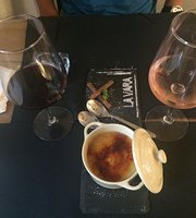 La Vara Handmade Burgers & Portuguese Wines