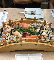 Hanami Teppanyaki Sushi Bar