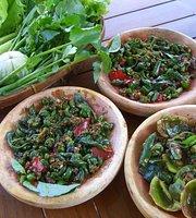 Warung Dapoer Kampoeng