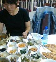 Monmartse Korean