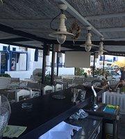 Dapia Cafe