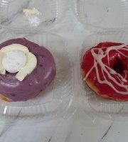 Debrodniks Donuts