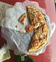 Bianos Pizzaderia