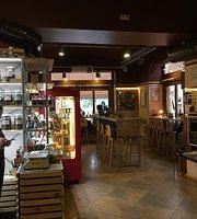 Brown Tea & Coffee Shop