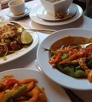 Le Cafe Siam