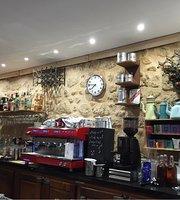 Le Cheverus Café