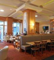 L'Ocean Cafe
