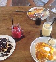 Peaks Cafe Dining