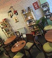 Lombardi N0 1 Deli Cafe