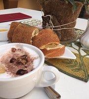 Johannas Baumstriezel Cafe