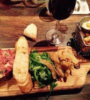 LE CÔTE . cuisine & bar . Eastman