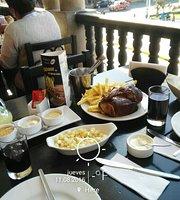 Las Tinajas Chicken & Grill