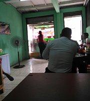 Soto Padang Dan Ketupat Sayur