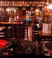 Neverland Rock Bar