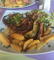 Asterias Beach Cafe Restaurant