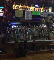 Foghorn's Liquors