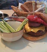 Crudo Steakhouse