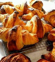 Lanank Bakery