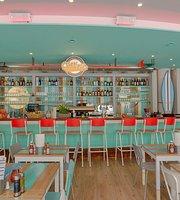 Chillers Bar & Restaurant