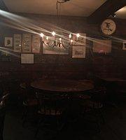 Ron's West End Pub