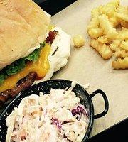 Meating Burgers & Steaks