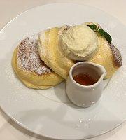 A Happy Pancake Umeda Chayamachi