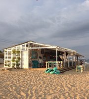 Bruma Beach Lounge Bar