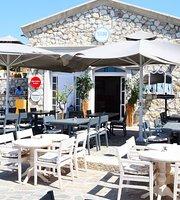 Marina %100 Rest. Cafe & More