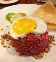 Lopi Cafe & Eatery