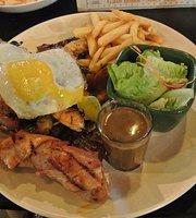 Jacknife Bar & Grill