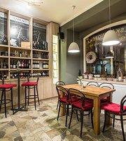 Italska vinoteka Mandi