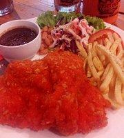 Kayu Street Cafe