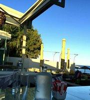 Riviera Bar Restaurant