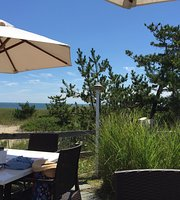 The Summer House - Beachside Bistro