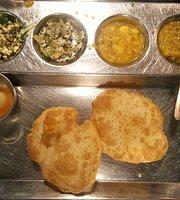 Maiyas Restaurant