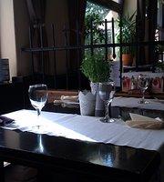 Veranda - pizzerie, restaurace, bar