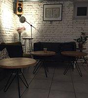 RoSlina Cafe