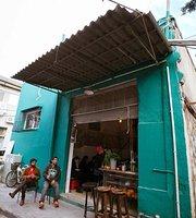 Yom Tov Caffe