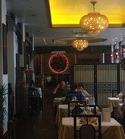 Dragon Castle Chinese Restaurant