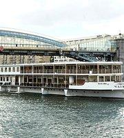 Restaurant-Yacht Chaika