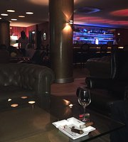 Zino bar Lounge