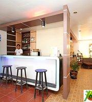 Bamboo Beach Resort Bar & Restaurant