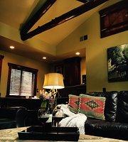 Highland Haven Creekside Inn