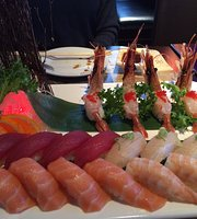 izumi sushi Japanese Restaurant