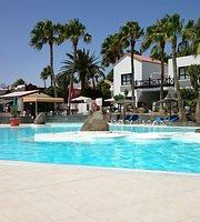 Pool Bar Bahia Calma