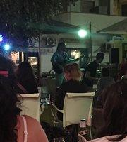 Calandra Cafe